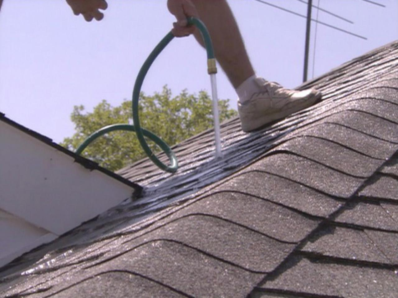 When To DIY Your Roof and When To Hire A Professional