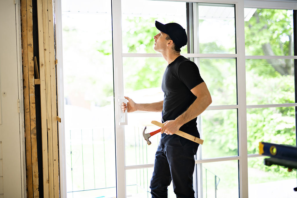 Signs You Need Professional Window Repair